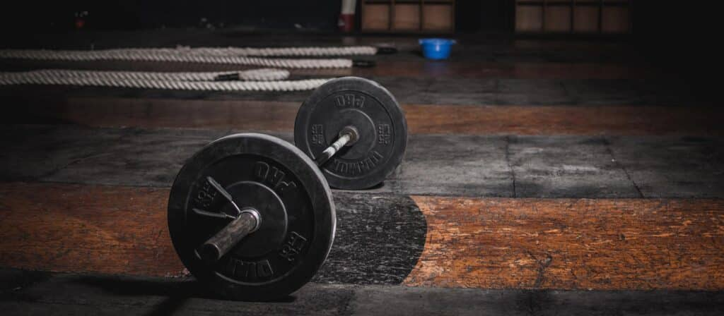 barbell-on-the-floor-1552252